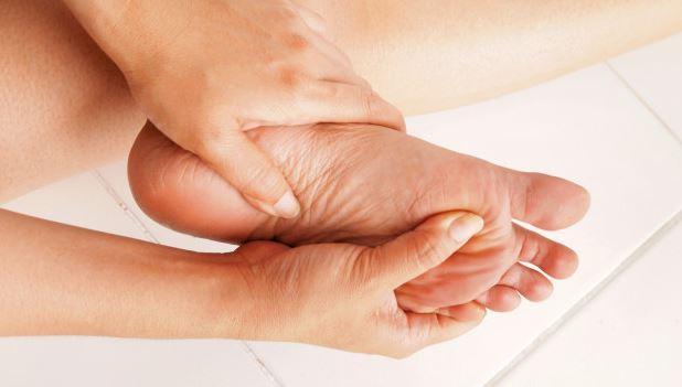krem exodermin jest skuteczny na zdrową skórę stóp